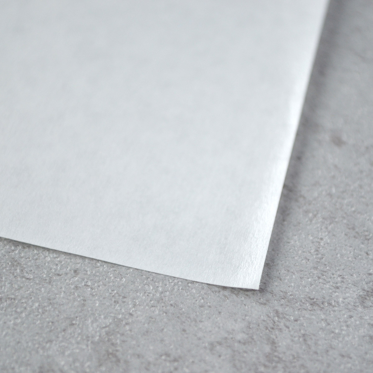 palette paper Smooth poly-coated surface finish ideal for disposable paint-mixing palettes paper weight: 41 lbs contains one 9 x 12 palette pad with forty sheets of palette papers.